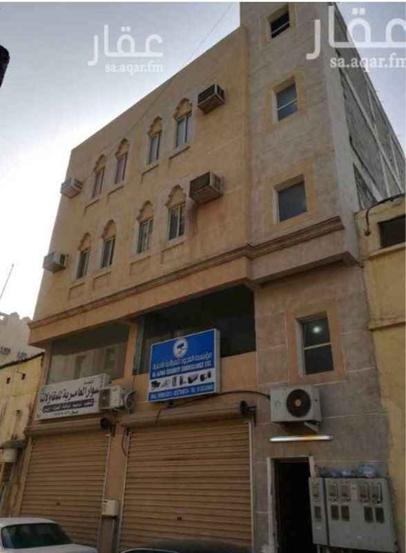 1421316 عماره في حي الدواسر  فيها ٧ شقق و. ٢ محل  العمر ٤ سنوات  الموقع في السوق  مطلوب ٦٩٠ الف