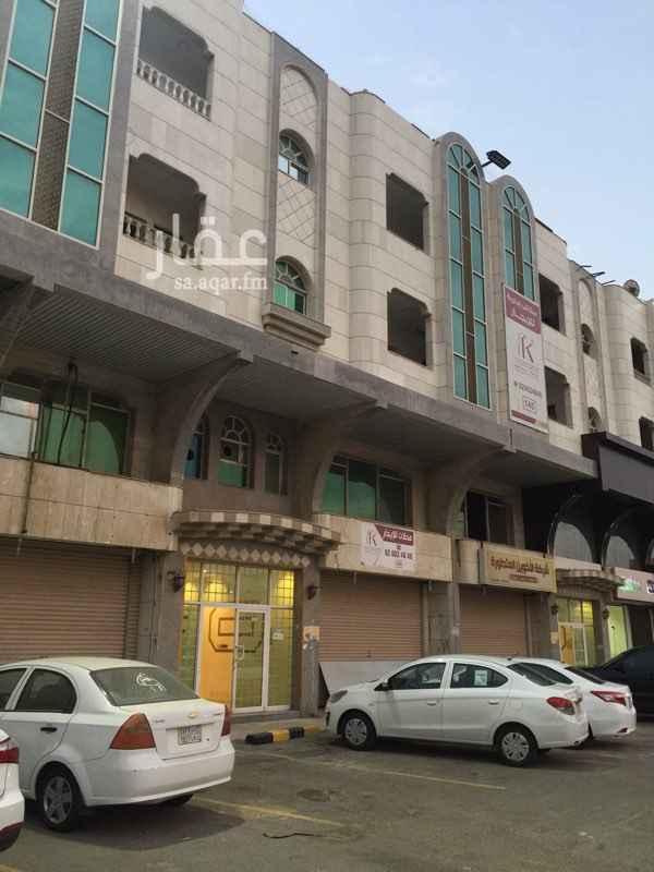 1416533 مكاتب ادارية للايجار بحي المروة شارع الامير ماجد يوجد 3 غرف وغرفتين المبني اداري تجاري المطلوب 3 غرف 26000 ريال والغرفتين 21000 ريال المساحات مختلفة