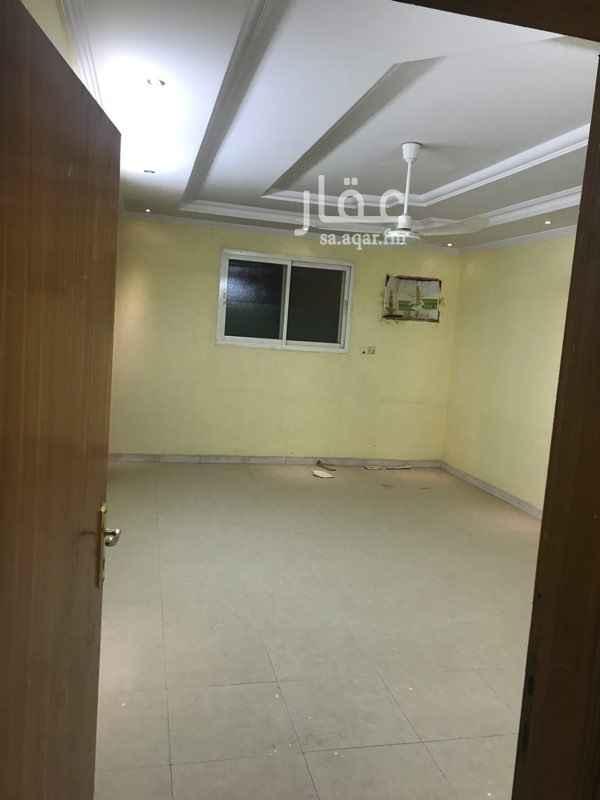 1503087 ثلاث غرف نوم+صاله+مطبخ+ثلاث دورات مياه+مجلس+مقلط  مدخل خاص