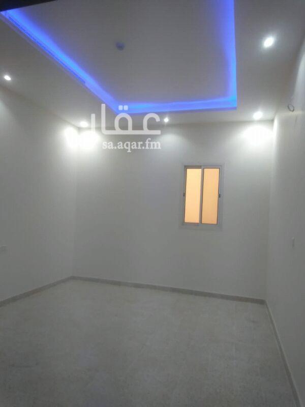 1458178 غرفه وحمام ومطبخ صغير بحي الملقا جديده اول ساكن مكيف سبيلت مخفي قريبه من طريق الملك فهد