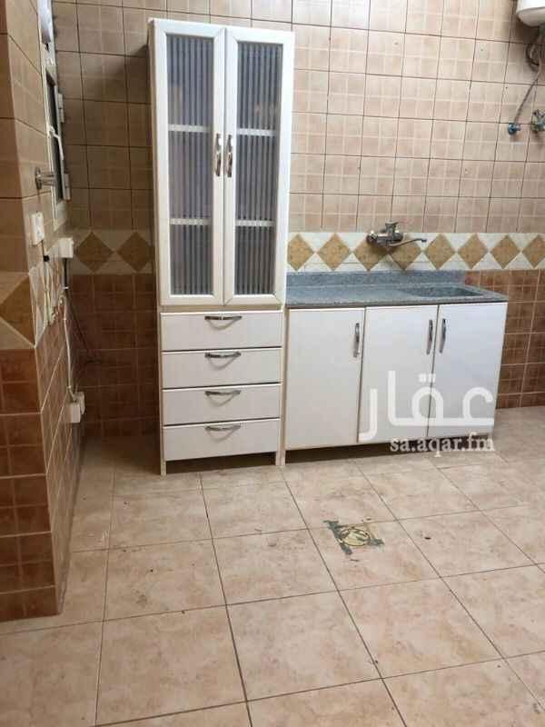 1322868 ٣ غرف وصاله و٢ حمام ومطبخ مكيفات اسبلت راكبه ومطبخ راكب