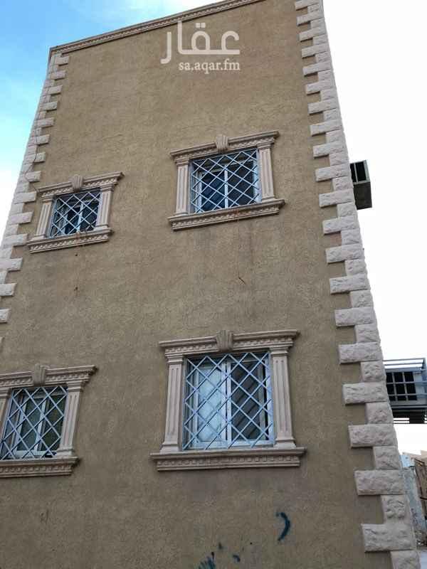 1243108 عماره ٥٠ متر في الشميسي على ٣ شوارع  موقع ممتاز قريبة من شارع السباله وعسير ومستشفى الشميسي عمرها سنتين شقتين وملحق للبيع او للايجار عدادين كهرب