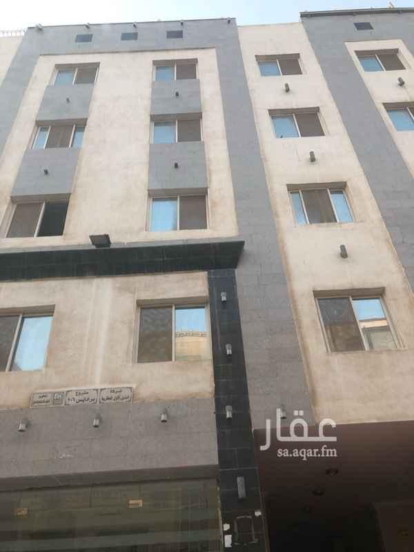 1590351 شقة جديدة في حي المروة من ٤ غرف وصالة مساحتها عالطبيعة + ١٢٠ متر.   للتواصل  0548008898