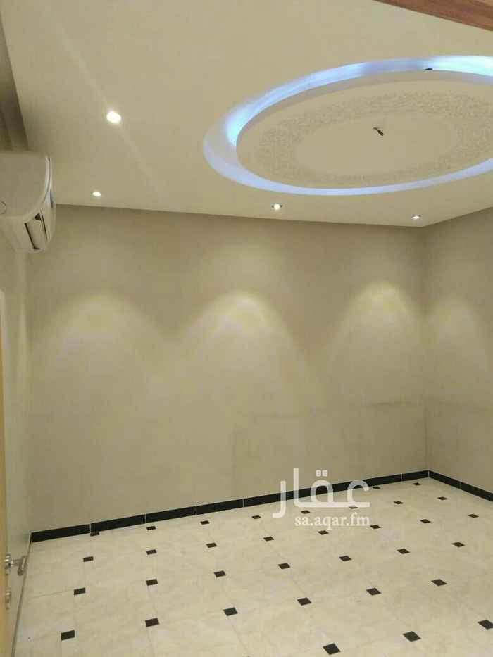 1759034 للايجار شقة في فيلا في سطح بدون سطح مكون من 3غرف وصاله مطبخ مكيفات راكب شقة ممتاز جدا السعر 23الف