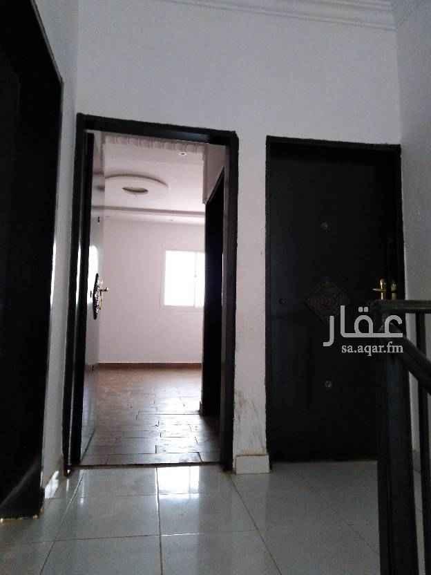 1504416 شقة 3 غرف وصالة ومطبخ و2 دورة مياة مدخل خاص مع سطح
