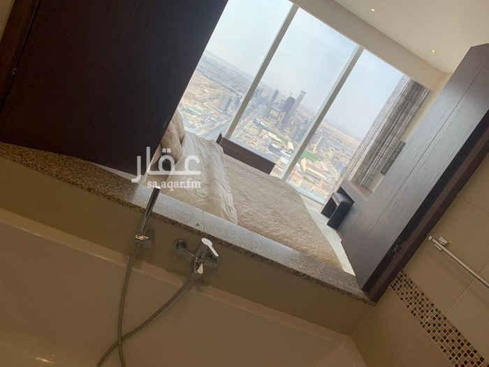 1725455 شقة مؤثثة في برج رافال السكني للإيجار السنوي فقط معلومات الشقة:- الأطلالة: شمالية محموع المساحة: 88.5 مساحة غرفة النوم: 4.2*4.4 مساحة الصالة: 5.5*6.8 مساحة المطبخ: 2.5*3 الدور: 39 جميع الخدمات متوفرة
