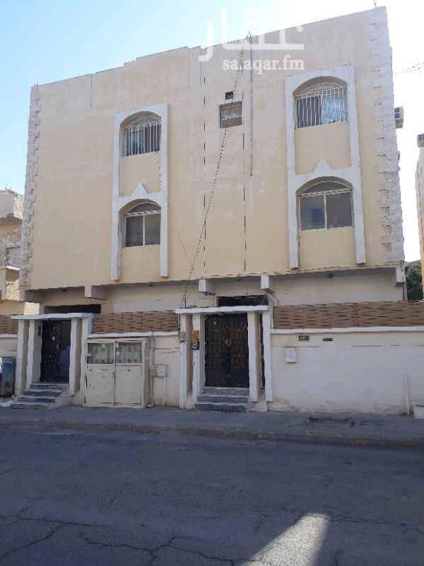 1503158 عماره للبيع مؤجرة كامله تتكون من ٦ شقق مدخلين كل مدخل ٣ شقق موقع مميز