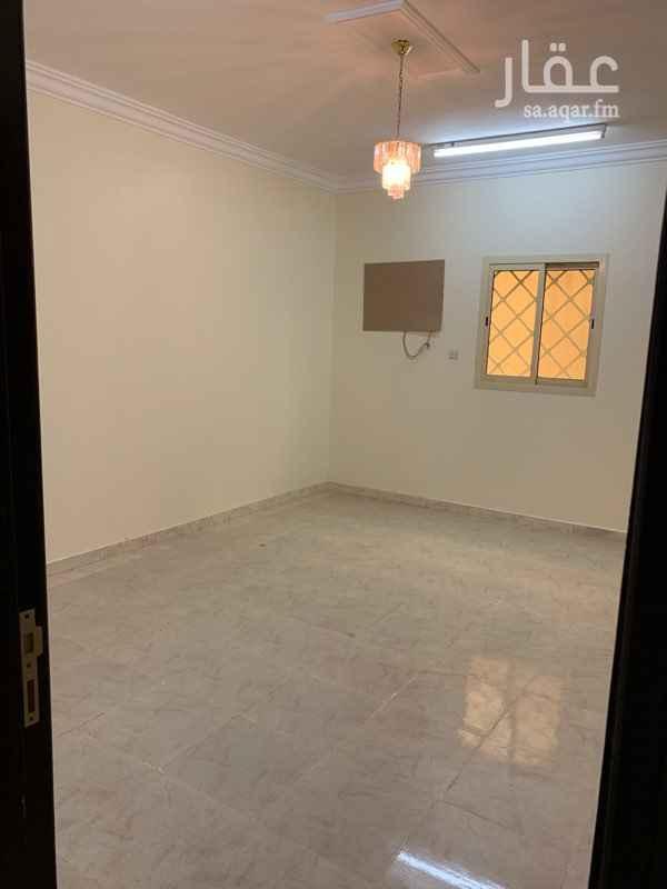 1543471 شقة ٣ غرف وصالة و٣ دورات وحده ماستر ارضية بعمارة السعر قابل للتفاوض بالمعقول