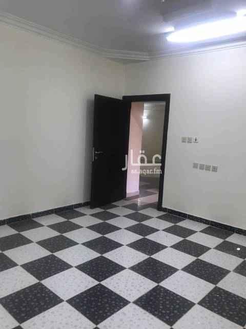 1799252 شقة مدخل خاص مع سطح صغير وغرفتين نوم ومجلس  وصالة ومطبخ ودورتين