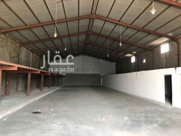 1330215 مستودع للايجار مساحة ١٢٠ متر مربع مطلوب ٢٥ الف دفعة واحدة  للتواصل٠٥٤٩٤٦٢٢٥٨