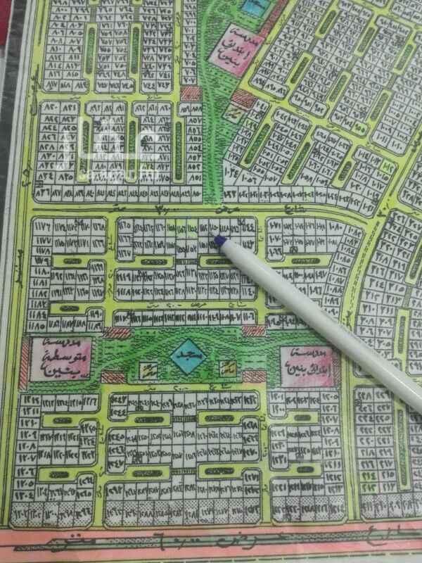 1388011 للبيع ارض بضاحية القطيف المجاور الثانى  مساحه 700 متر شارع 30 شرق  مصرحه بناء جارى. عمل الاسفلت.  السعر 260 الف ريال مباشر 0549472065