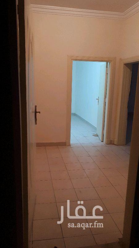 1431836 شقق مكتبيه للايجار  دور الارضي  - ٤ غرف ومطبخ ودورتين مياه .٣٥ الف  -٣ ثلاث غرفه وطبخ ودورتين مياه . ٣٠ الف