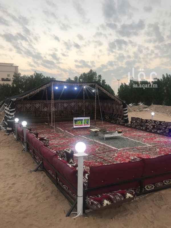 1293222 مخيم للايجار اليومي ⛺️  السلام عليكم ✋🏻  شرق جدة بإتجاه الحرازات مقابل سكن طلاب جامعة الملك عبدالعزيز 📍  مخيمات للإيجار اليومي مع كافة الخدمات و الاحتياجات ⬇️  ( شباب - عوائل )   للحجز 🔽  0549744721