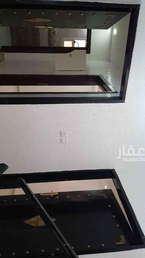 1454170 بعد التحيه ..  الكهرباء مستقل .. الماء مجانا ..  يوجد شهري وسنوي  والشقق تم التجديد  لاتواصل .. 0549808899   ابو حسين ..