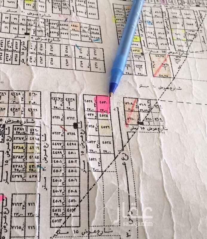 1233603 قطعة تجاريه للأيجار بمخطط الأمانة ( العارض )  مساحتها ٨٩١ متر على طريق حمد بن عطوه ٦٠ متر و٣٦ شرقي   على السوم  التواصل على هذا الجوال 0550099960