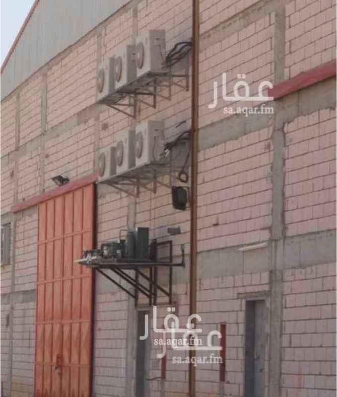 1634210 #فـرصتـك...      يتوفـر لـدينـا... #مصانع_للايجار في #صناعية_سما        شارع #اسطنبول ويتوفر لدينا مستودعات وورش ومحلات وسكن عزاب  مرخصـة ومجهزة بـأحـدث وسائل الامن و السلامة.  للاستفسار او الحجـز...تواصلوا معنـا: