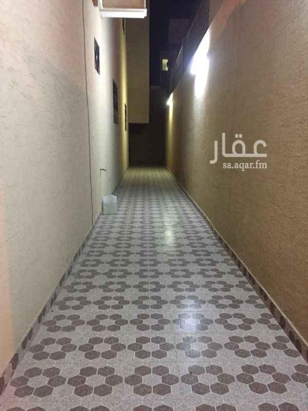 1559580 شقه عوائل  مدخل خاص  حي بدر  مخطط المزيني  ملاحظه  الشقه ( لانقبل شهري لعدم الازعاج )