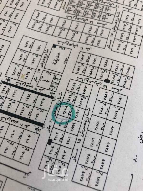 1798079 للايجار شقة  ٢ غرفة نوم - مجلس - صالة   مطبخ - دورتين مياة  الدور الاول   شمال الثمانين شرق ط الملك عبدالعزيز . و يوجد لدينا عروض اخرى .