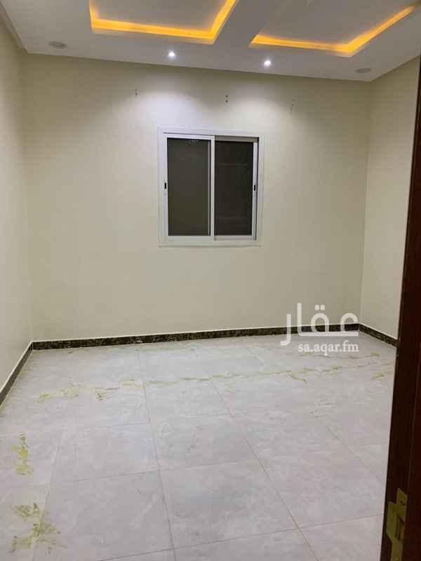 1350616 دور ارضي للايجار ب التعمير يحتوي على مشب ومجلس ومقلط وصالة وغرفة نساء وغرفتين نوم