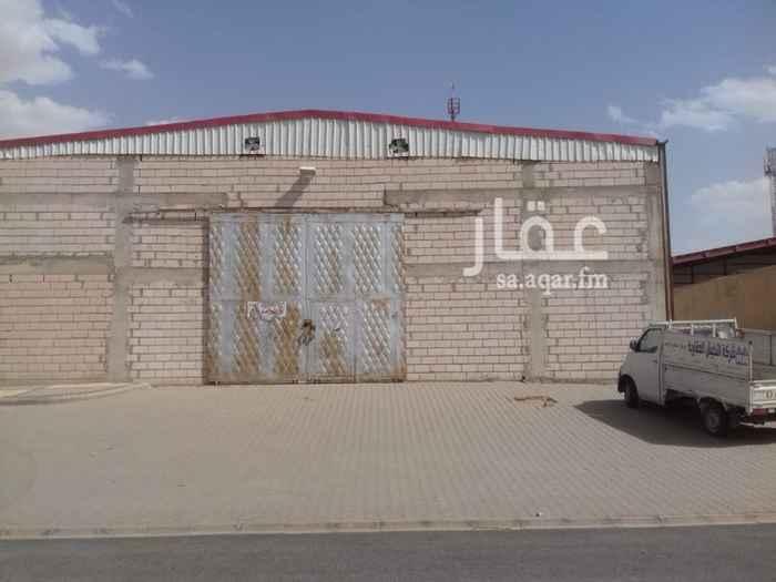 1544943 مستودع للايجار بحي السلي خلف مدرسة دلة شارع الحمراء سعر الايجار السنوي 90,000ريال   للتواصل:  0502444460