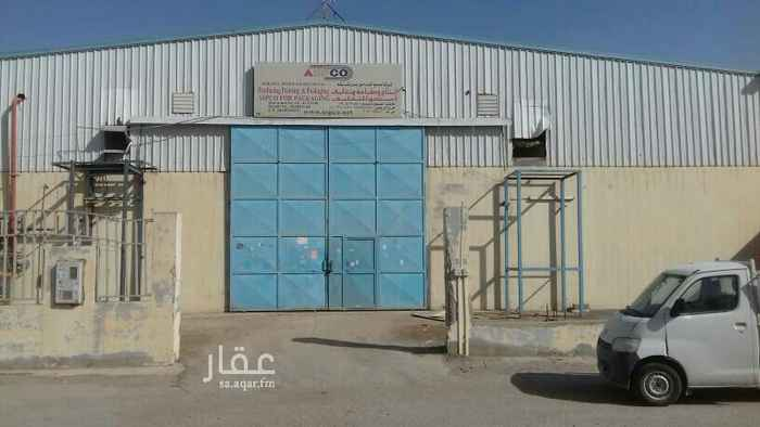 1556789 ورشة للايجار مساحتها 750م في مخطط الفهد يوجد بها دفاع مدني رش الي  رقم التواصل : 0502444460