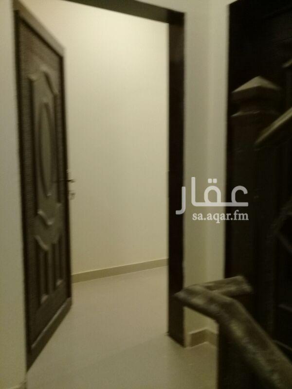 974024 شقة للايجار عوائل في حى العارض مكون من الثلاثة غرف نوم وصاله ٢حمامي شقة فى دور علوة و  المكيافت اراكبة بدون المطبخ اراكبة