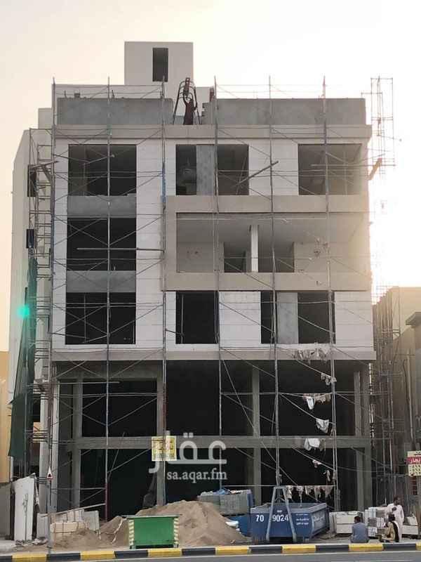 1335503 يتوفر مكاتب ادراية مصممة ومجهزة على افضل المستويات، في مبنى تجاري سكاني ذو تصميم رائع وجميل. الاسعار قابلة للتفاوض حسب النشاط