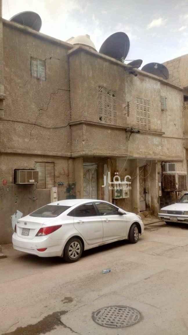 1504897 بيت شعبي دور واحد    في حي منفوحة    البيت قريب من مشاريع التطوير القادمة للمنطقة