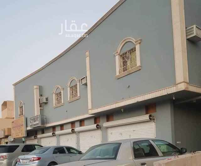 1618303 خمس فتحات تأجر كامله أو مفرد على شارع عبدالعزيز بن بشر  عرض الشارع 40 متر يفتح شمال موقع ممتاز يصلح لأي نشاط