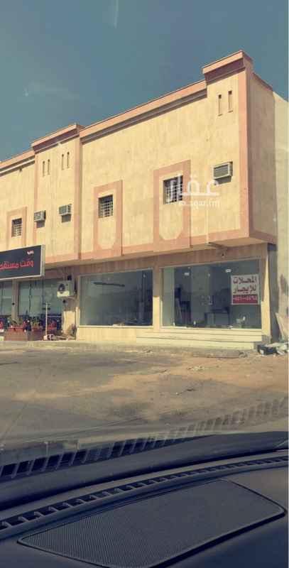 1647134 محل من فتحتين الايجار شارع الملك سعود المساحه مبين ٦٥ الى ٧٠ متر