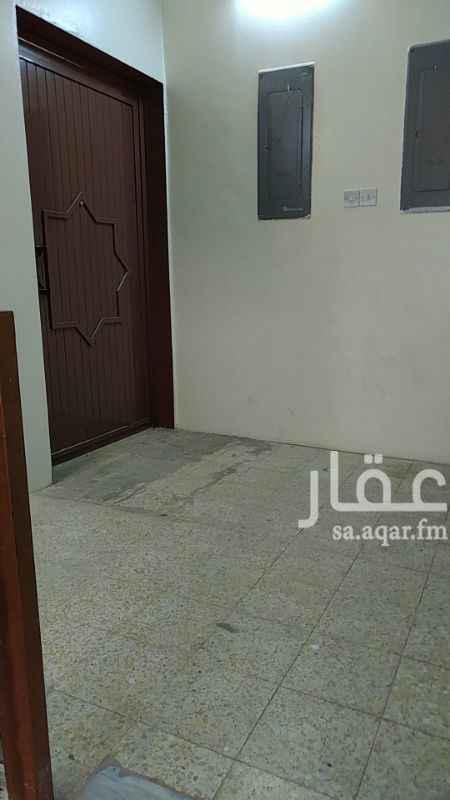 1014651 الشقة مجددة بالكامل تقريبا الدور الاول كهرب مستقل  مكتب الحسينان 055 432 0999