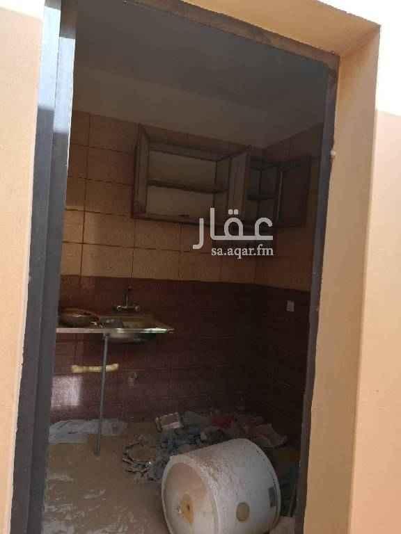 1592556 استراحه غرفه ودورة مياه ومطبخ ومدخل سياره حي الغدير