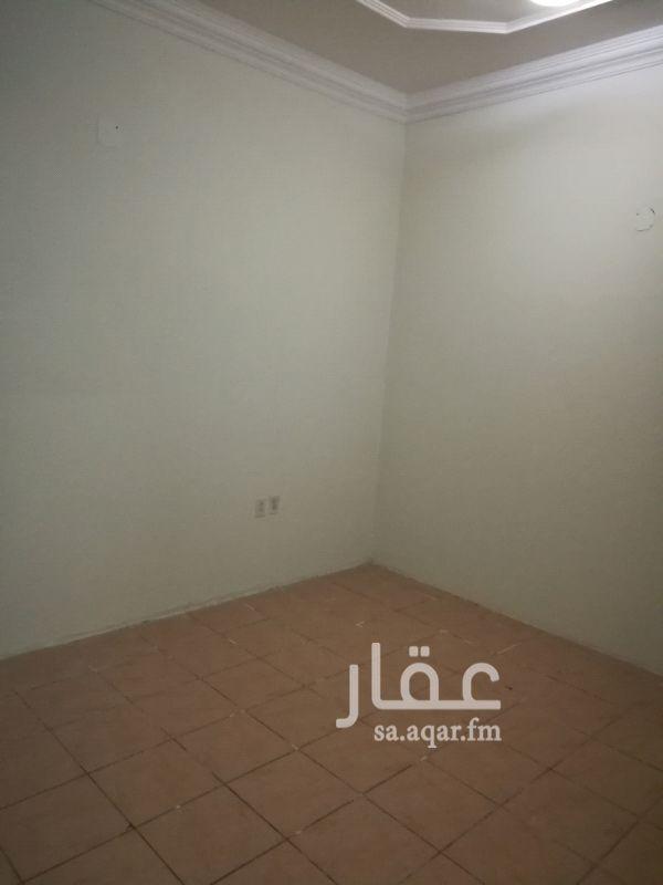 1388965 غرفتين وصاله ومطبخ وحمام شارع شقراء  14 شهري