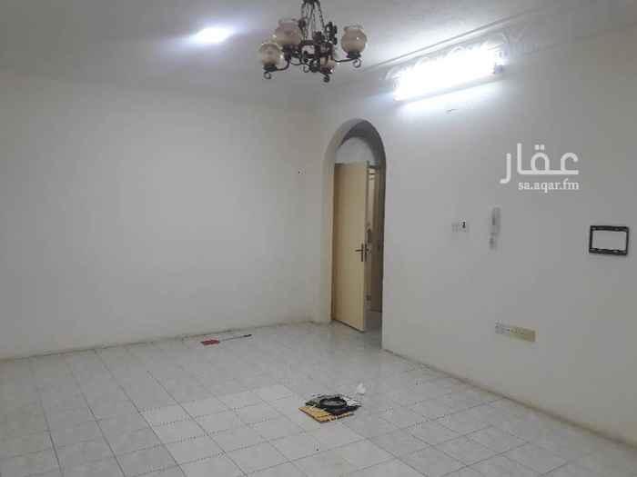 1693893 شقه عوائل 2نوم  مجلس صاله مطبخ حمامين لها مدخلين  المطبخ راكب  . بها مكيفين شباك