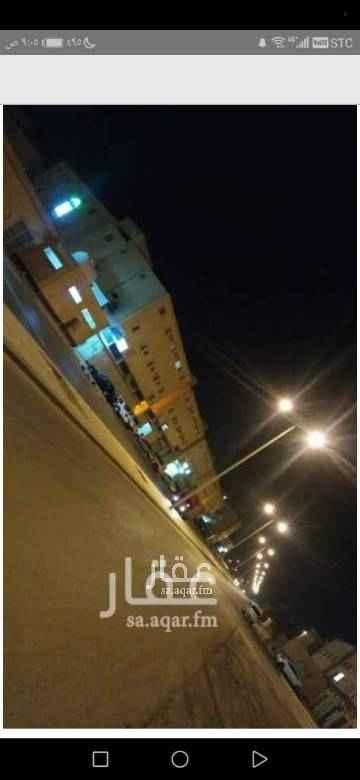1456637 محلات تجارية للبيع القصيم شمال بريدة حي سلطانه مساحة المحل 30 م عمر العقار ست سنوات السعر قابل للتفاوض التواصل واتس