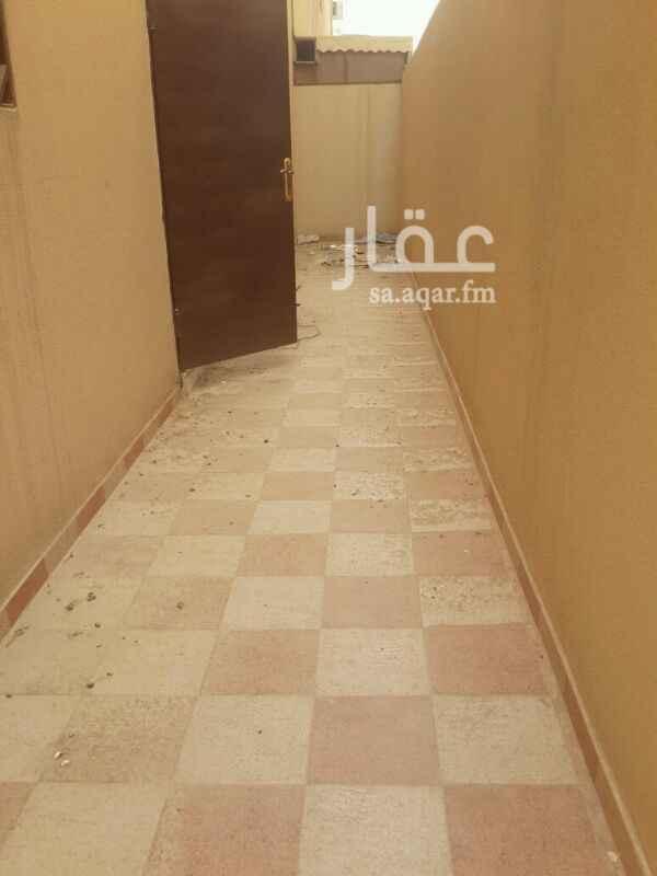 667442 دور ارضي 4 غرف 2 حمام صالة مطبخ امريكي عالصالة منور مدخل من الشقه