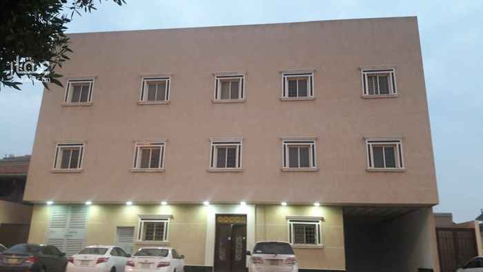 1755894 شقة شبه جديدة مكونة من ٣ غرف وصالة ومطبخ و٢ حمام ومعها مدخل سيارة بالقبو ويوجد مصعد بالعمارة . للتواصل والمعاينة  ٠٥٥٥٢٢٢٤٣١ 055 478 8392