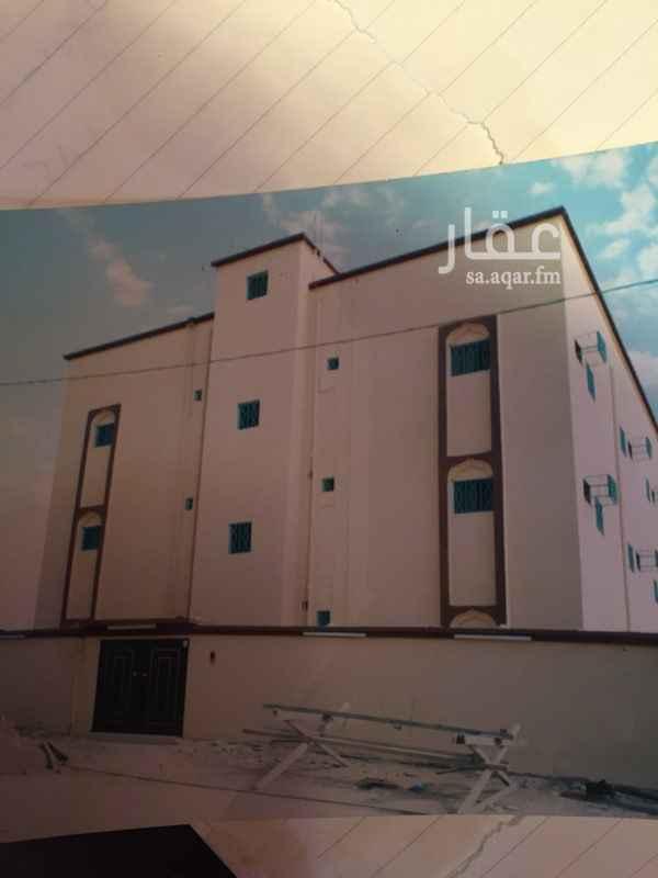 1102651 عماره استثماريه 6 شقق 3دور كل شقه مدخلين وخمس غرف وصاله وحمامين ومطبخ