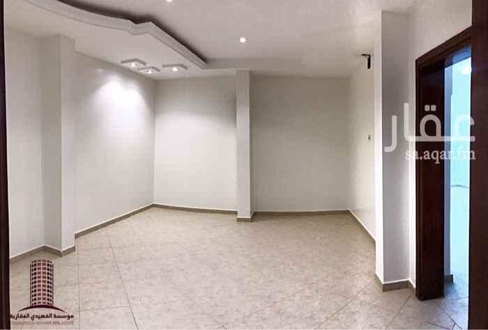 1745008 شقة أرضية في عمارة :  - ثلاث غرف + صالة + مطبخ راكب + دورتين مياه.  * عداد الكهرباء مستقل  * تم تجديد الشقة بالكامل   للاستفسار : 0534356000 0501356000 0112356000