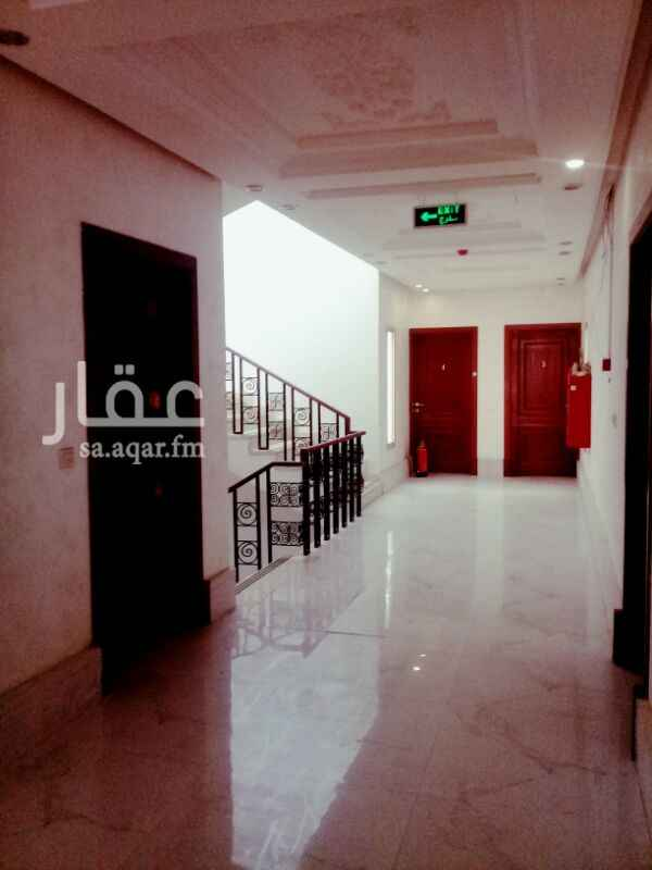 882696 مكتب مكون من ٣ غرف وصاله ومطبخ ودورتين مياه موقع ممتاز زاويه