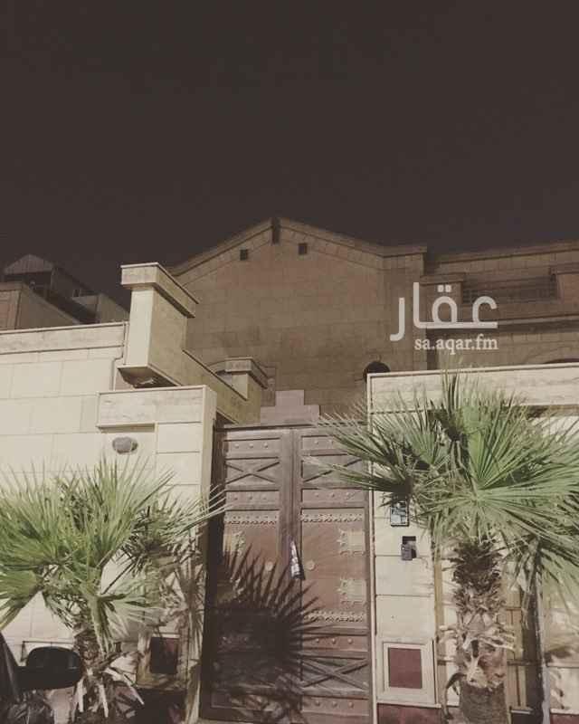 1130716 شقة بحي اليرموك الغربي بالرياض بالدور الاول ضمن ڤيلا سكنية خاصة ، عداد الكهرباء مستقل ، قريبة من الطرق الرئيسية ، قريبة جدا من جميع المدارس الحكومية والاهلية لجميع المراحل ، لها مدخلين وتتكون من مجلس رجال وصالة وغرفتين نوم ومطبخ راكب ادراج ومستودع صغير و٢ دورات مياه