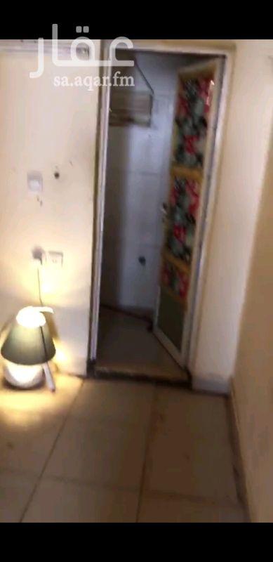 1565633 غرفة للايجار لا يوجد صاله معها دورة مياه تنفع غرفة سائق سقف مستعار معزول  للاتصال او واتساب ٠٥٥٢٦٠٠٩٤٣ ميرال