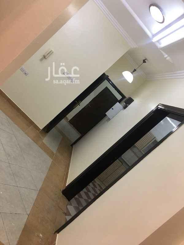 1327019 شقة بعمارة  3 غرف  صالة  حمامين  مطبخ راكب  غرفة واسعة جدا  مواقف متوفرة  قريبة من مسجد  للتواصل   0552706655 0553398002