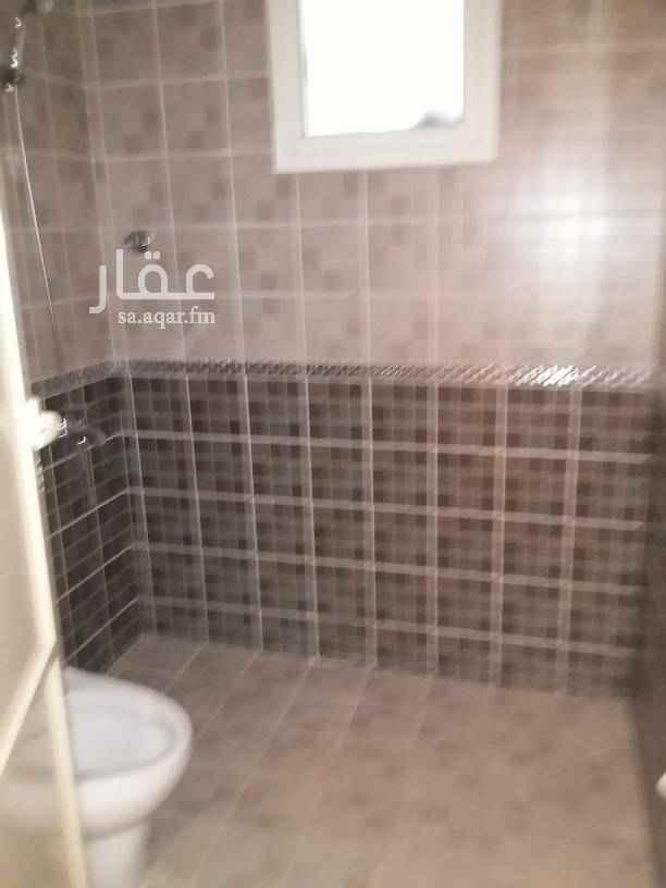 1413038 دور أول مطبخ ومكيفات راكبه غرفه شغاله مع حمام ارضيات باركيه