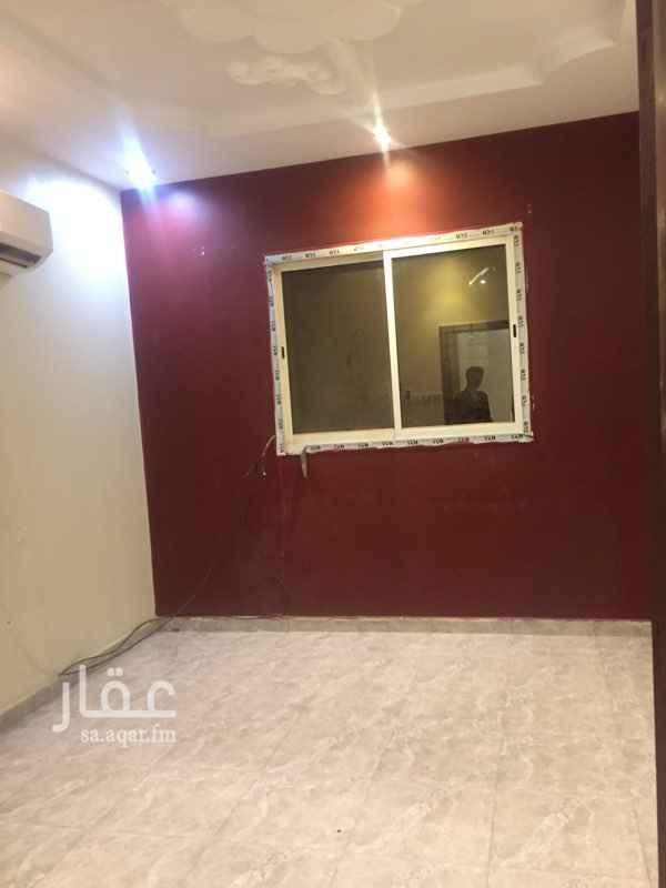1349239 غرفه وصاله عزاب جديد دور اول خلف نادي الرياض