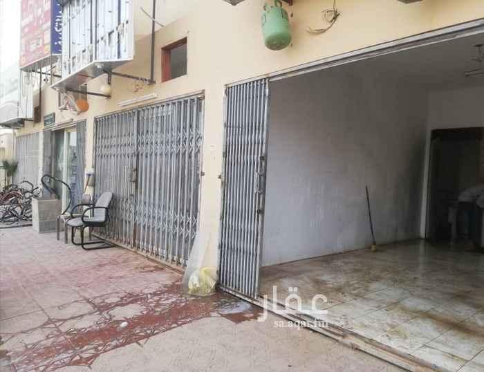 1636923 محلين شارع تجاري حي المعيزيله مقابل المسجد جهه شرقيه