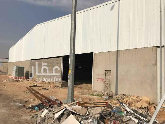 1257791 مجمع في صناعية السفارات حي طويق مرخص ٧ ورش للايجار بالكامل سيتم عمل التشطيب من المالك بعد توقيع العقد