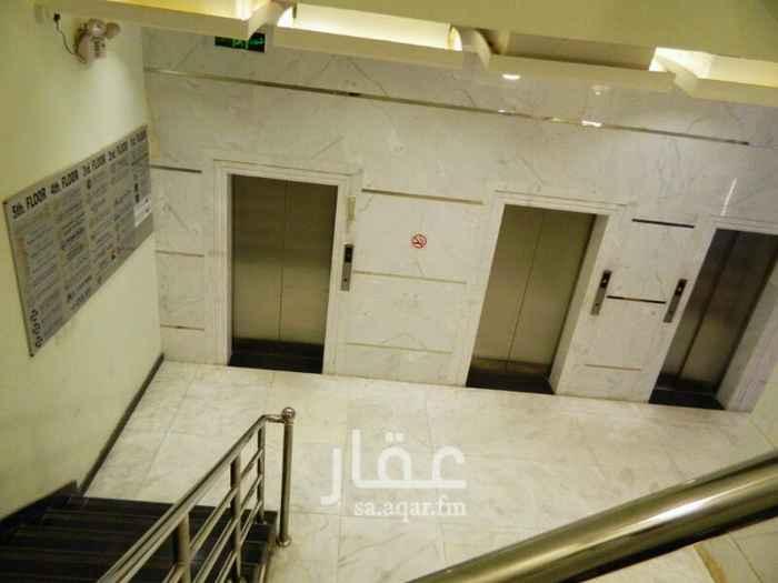 990703 مكاتب فاخرة للايجار شارع عثمان بن عفان بالدمام تشطيب فخم . الدور الثاني  حمام ودورة مياه تكييف مركزي  موقف خاص  للتواصل 0553345501