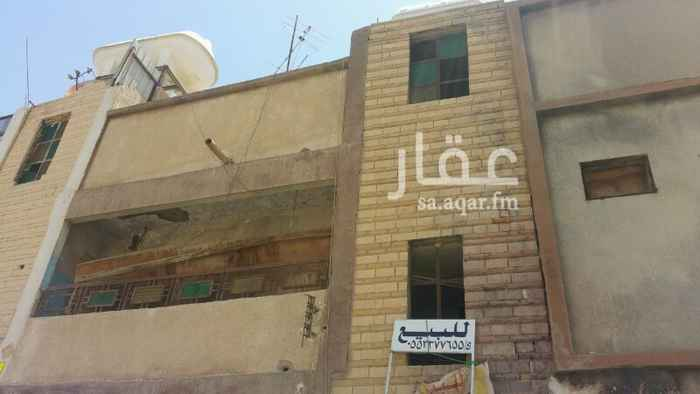 1092596 عماره دورين مفصوله قديمه تحتاج بعض الترميم  السوم 150الف صافي للبيع او الايجار مقابل مدرسه