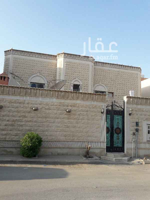1160788 خلف شرطة المعذرالقديم قريب من شارع الثلاثين(الشيخ بن عثيمين) * يوجد سطح خاص بالدور